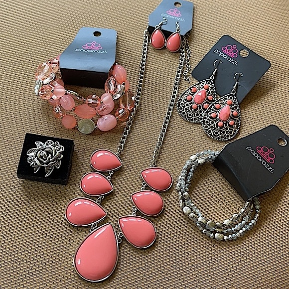 5pc Coral and Silver Set